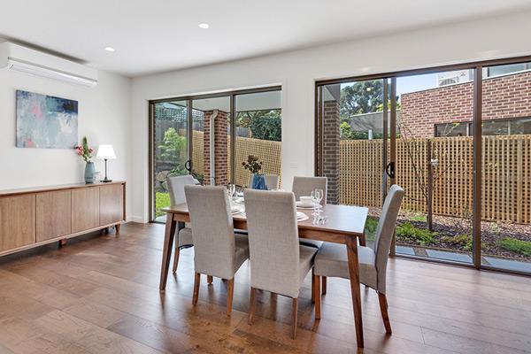 Melbourne Deakin University Closeby 3 BED Family House VVS005
